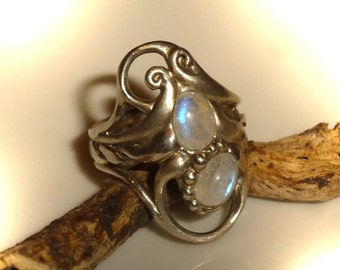 Elfenring with Rainbow Moonstone, unique, white Labradorite, Moonstone ring