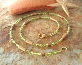 Olivine delicate ceramic & gold necklace