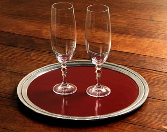 Tray Circular leather type Natural carmine red patent leather with Peltrina edge