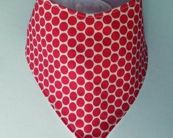 Absorbent bib style pink polka dot bandana