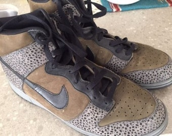 NIKE Shoes - Snakeskin Print - Size 11.5