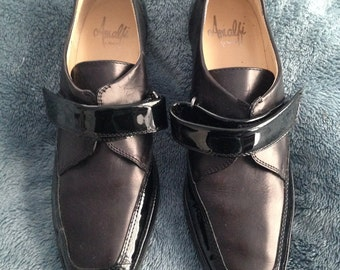 Donald J Pliner Leather Loafers size 7.5