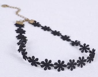 Black Lace Daisy Choker
