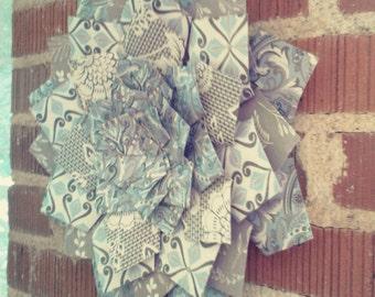 Medium paper wreath