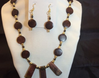 Necklace and Earrings:  Maroon Beauty