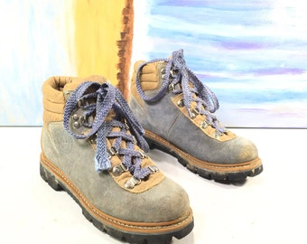 Women's Size 7-Vintage Appalachian Trail Mountaineering Hiking Ankle Boots