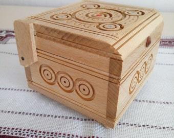Wooden box, Storage box, Ukrainian style, Ukrainian souvenir, Box of handmade, Box wood carving, Trinket box, Secret box, Accessories box