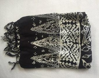 Silk scarve black