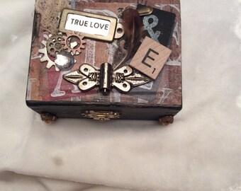 True love memory box