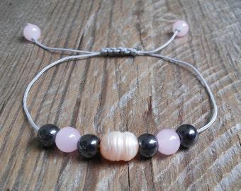 Rose quartz hematite pearl bead bracelet – natural rose quartz black hematite pearl stone bracelet – healing fertility power mala bracelet