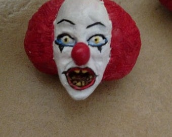 """Pennywise """"IT"""" keychain"""