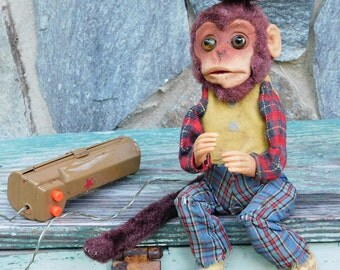 Weird Old Battery Operated Monkey Eyes Light Up