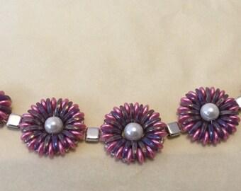 Chrysanthemum beaded bracelet - pink & purple