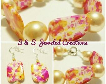 Multi-Colored Splatter/Watercolor Fuchsia and Gold Beaded Bracelet with Matching Earrings
