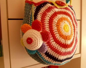 Rainbow bag with flower detaille