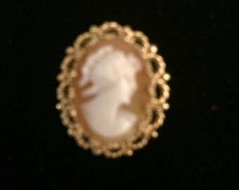 Small vintage cameo