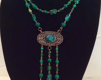 Very long flapper style necklace and earring set