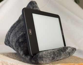 Tablet pad, E-reader support pillow, reading pillow, E-reader support, beanbag, book seat