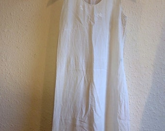 Vintage white petticoat nightie with embroidery detail M 12