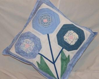 Three flower cushion cover