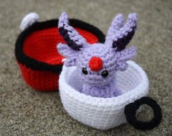 Crochet Pokémon Espeon in Pokéball Amigurumi