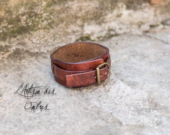 Mahogany colored leather strap