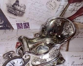Vintage International Silver Company Sleigh Candle Holder - candle holder - silver candle holder