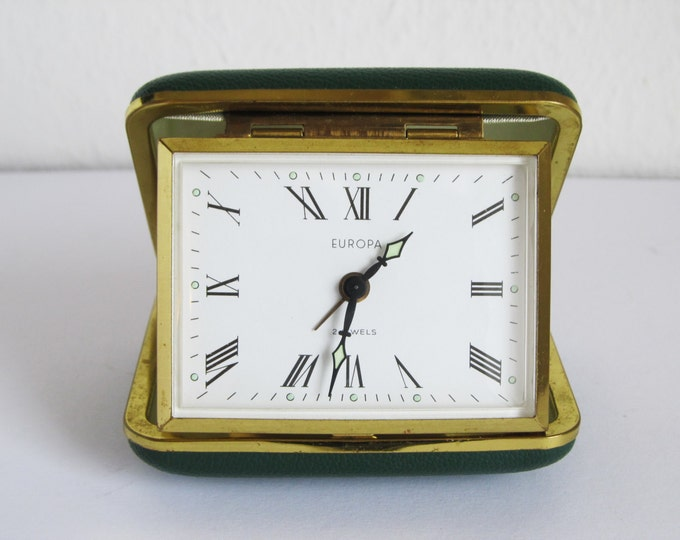 Vintage travel alarm clock, ca 1950 - 1960's, fully working - Europa 2 Jewels made in Germany - retro mid-century in green case