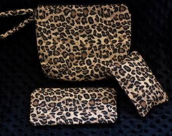 makeup bag + coin purse + tissue holder set: cheetah print