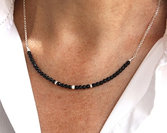 Necklace solid silver chain 925 associated with faceted black agate stones