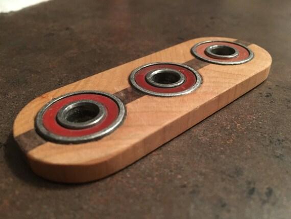 fidget spinner. Black Bedroom Furniture Sets. Home Design Ideas