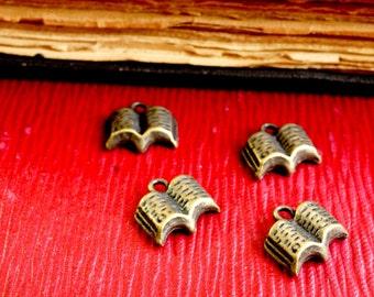 Book charm 10 bronze vintage style jewellery supplies C4