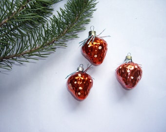 Vintage glass Christmas ornaments Strawberry Christmas ornaments Pink Christmas ornaments Soviet New Year 70s Christmas decoration Red set