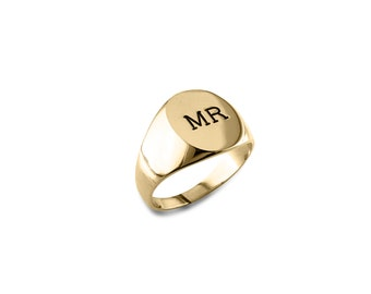 Personalized, engraved gold signet ring