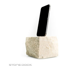 STONE DOCK - docking station made of natural stone