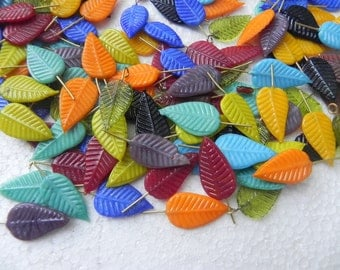 wonderful  20 Pcs LEAVES  with hooks  lampwork fancy handmade measuring  25 MM X 12 MM.