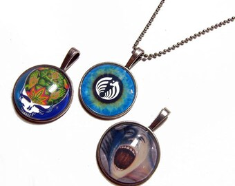Lot of 3 - Pink Floyd The Wall, BassNectar Eye, Grateful Dead Steal Your Face Pendants 1 Inch Photo Pendant with 24 inch Ball Necklace