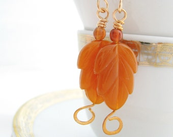 Autumn Leaf Earrings, 1.25 Inches, Deep Carved Lucite Leaves. Rust Orange, Nature Woodland Jewelry, Fall Autumn Jewelry, Botanical Jewelry