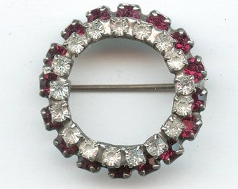 RED and CLEAR Vintage Rhinestone Circle Brooch Pin Crystal 2572