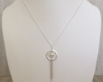 White Round Pearl With Silver Circle Necklace N-17