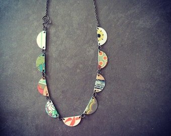 Harbinger Collection Scallops Necklace in Mixed Tin
