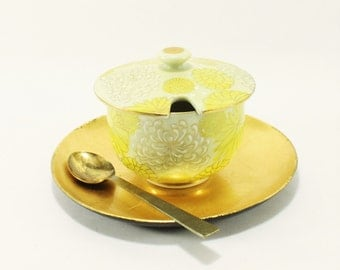 Vintage Kutani Porcelain Chrysanthemum Sugar Bowl with Spoon and Tray In Yellow, White and Gold, For CDS 1970