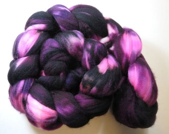 Hand Dyed Superwash Merino Combed Top, Spinning Fiber, Roving -- Wild Blackberry (115 grams or 4.0 ounces )