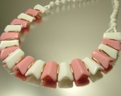 Vintage/ estate 1950s/ 60s Mod/ retro, West German, pink and white glass bead costume necklace - jewelry