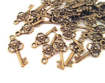 Skeleton Key Charms, brass plated, pick your amount, D151