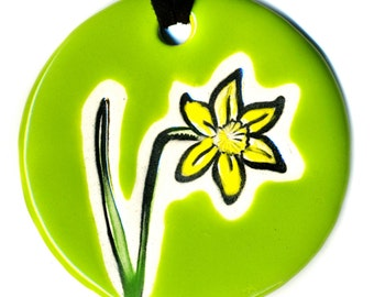 Daffodil Ceramic Necklace in Bright Green
