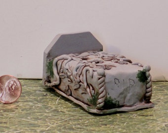 Miniature Crypt with vines