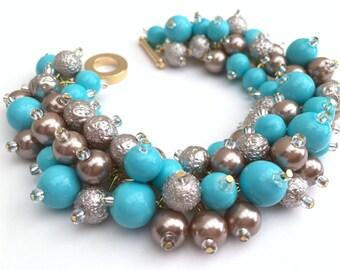 Turquoise and Taupe Pearl Bracelet, Bridesmaid Jewelry, Cluster Bracelet, Beaded Bracelet, Wedding Jewelry, Bridesmaid Gift, Wedding Theme
