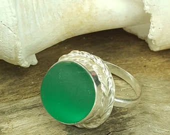 Kelly Green English Sea Glass Ring Kelly Green Beach Glass Ring Sea Glass Jewelry Size 8 - R 091