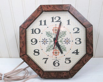 Vintage GE Kitchen Wall Clock General Electric Plastic Octagon Flower Floral